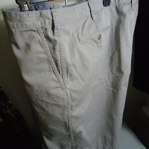 NWT Polo Ralph Lauren Soft Gray Chinos Shorts 46B